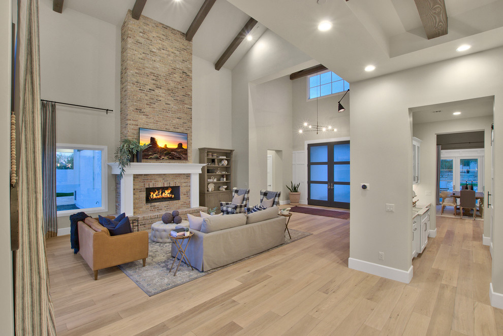 Modern-Farmhouse-Living-Room-Design-Featuring-High-Ceiling-Beam-Work-1
