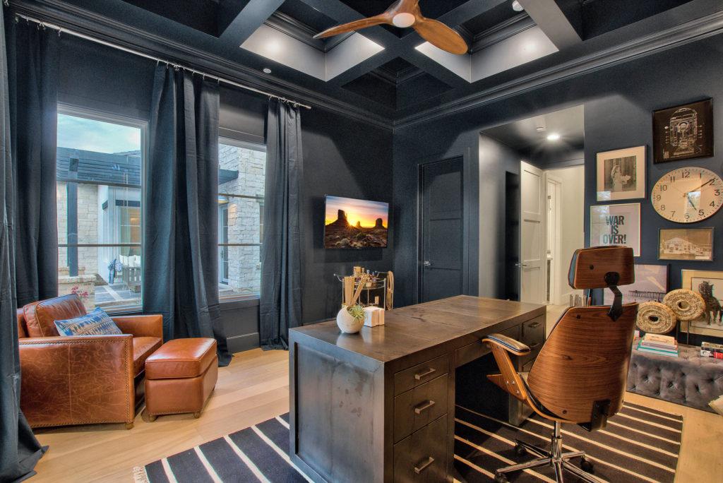 Modern-Farmhouse-Office Area-Beam-Ceiling-Work